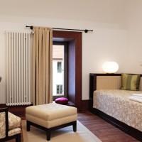 Egyágyas szoba, kitekintő / single room with outer view
